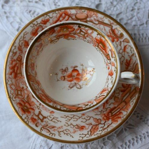 1820年代 金彩と朱色が美しいシノワズリ ティーカップ&ソーサー デュオ(送料込)