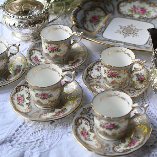 エドワード時代・コールポート グレーとクラシカルなピンクのバラ柄が華やかなコーヒーカップ&ソーサー5客セット(送料込)