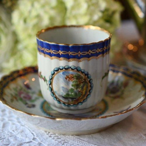 1770年代・ウースター窯初期 ドクターウォール期 風景画が美しいダルハウジーパターンのコーヒーカップ &ソーサー(送料込)