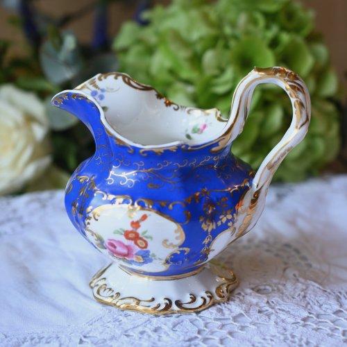 ミントン・鮮やかな青い色と手描きのお花の珍しいミルクジャグ(送料込)