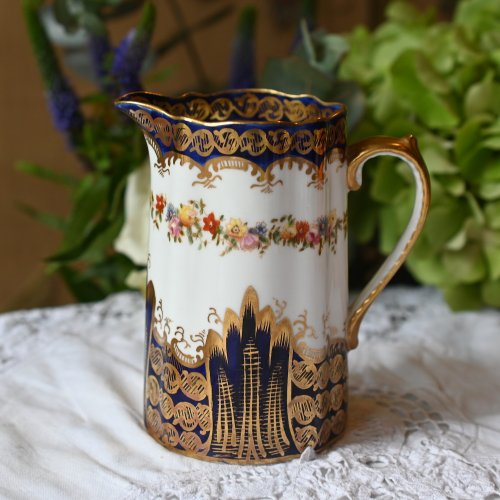 1910年代・クラウンスタッフォードシャー・コバルトと金彩と小さなお花のゴージャスなジャグ (送料込)