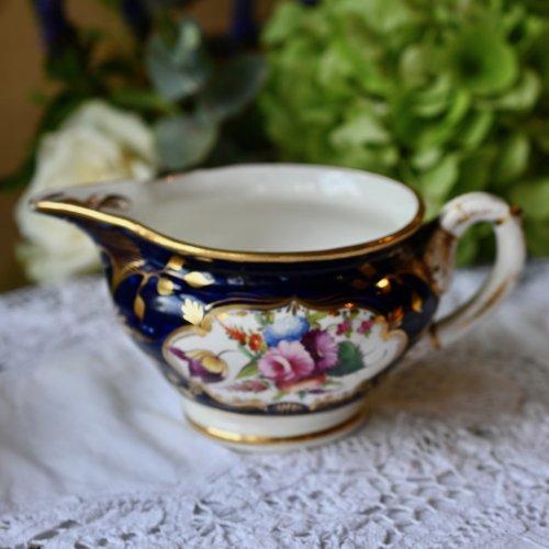 (お取り置き中) メーカー不明・1810年代ー1820年代・コバルト色と金彩が美しい手描きのミルクジャグ(送料込)