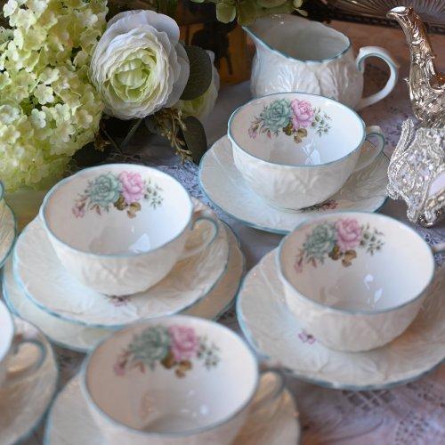 コールポート ・カントリーフラワー キャベツ模様のレリーフがきれいなティーカップ デュオ 単品(送料込)