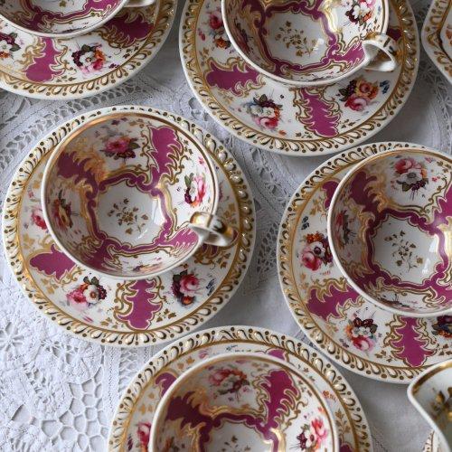 1830年代 リッジウェイ・マルーン色と手描き花柄が豪華なトゥルートリオ 単品 5客ございます(送料込)