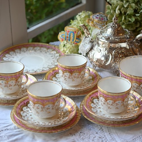 エドワード時代 エナメル彩のドット模様が可愛いピンクのティーカップトリオなど 各単品 (送料込)