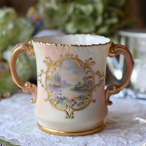1900年代初期  ロック ブラッシュアイボリーと風景画が美しいラビングカップ(送料込)