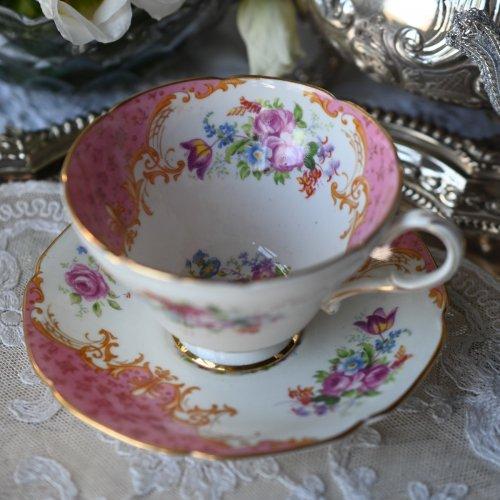 パラゴン ロッキンガム ロココスタイルが華やかなピンクのミニチュア・ティーカップデュオ(送料込)