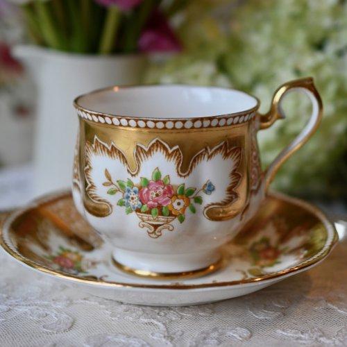ロイヤルアルバート「ロイヤリティ」ゴールドとカラフルなお花柄が綺麗なデュオ(送料込)