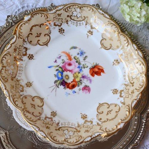 1830年代 コールポート ロココリバイバル イエローベージュのリム装飾が華やかなサンドウィッチプレート(送料込)