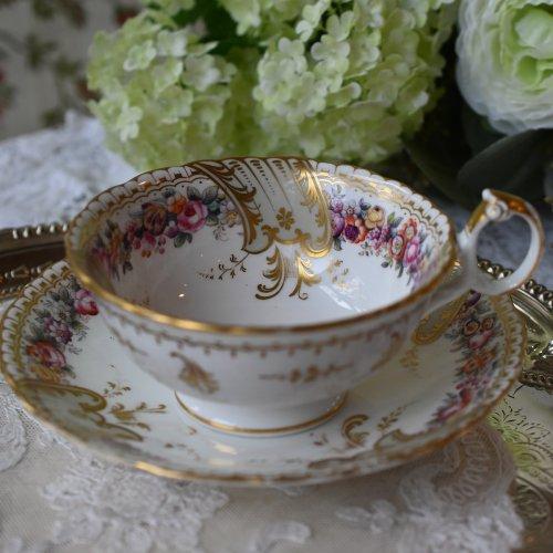 1850年代・リッジウェイ 金彩模様とリングハンドルがエレガントなカップ&ソーサー デュオ(送料込)