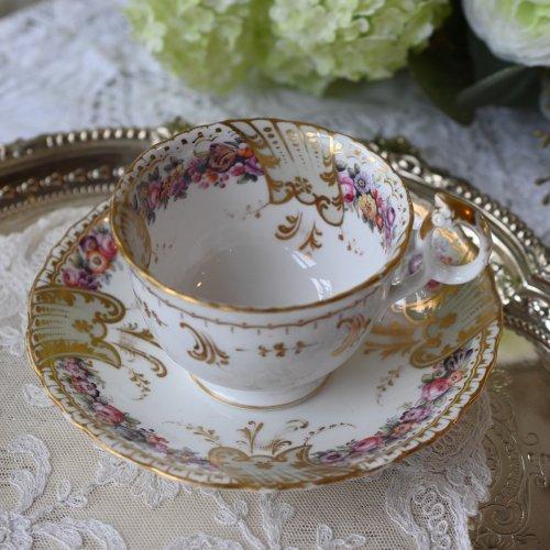 (お取り置き中) 1850年代・リッジウェイ 金彩模様とリングハンドルがエレガントなコーヒーカップ&ソーサー デュオ(送料込)