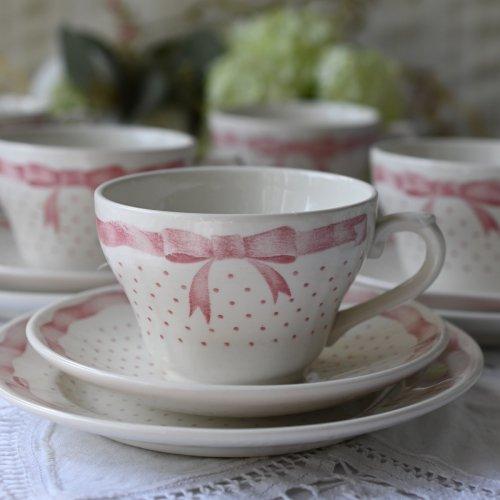 英国製チャーチル  ピンク色のリボンのティーカップトリオ 単品(送料別途)