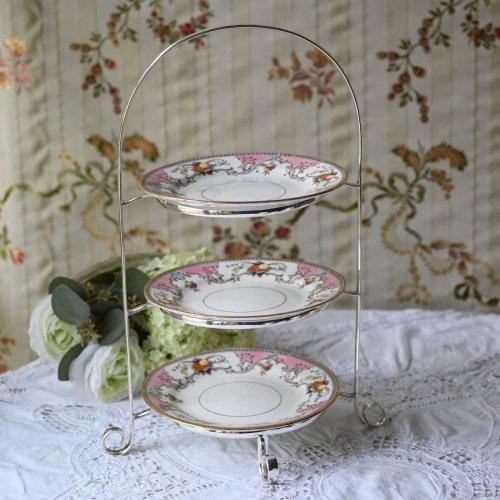 1920年代 シルバープレート製 ピンクとフルーツの絵柄のケーキ皿の小ぶりのアフタヌーンティー3段スタンド(送料込)