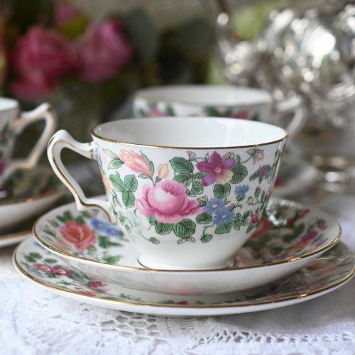 クラウンスタッフォードシャー 若葉色とカラフルなお花柄が鮮やかなティーカップトリオまたはデュオ (送料込)