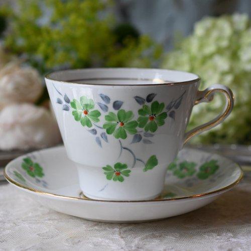 フォニックスチャイナ・グレシアンシェイプ 緑のデイジー柄が可愛いらしいティーカップデュオ(送料込)