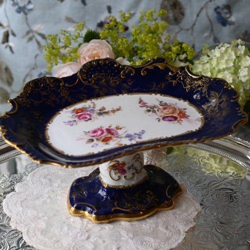 ハマースレイ ロココスタイル D シェイプ コバルトブルーと金彩 手描きのお花模様、背の高いコンポート(送料込)