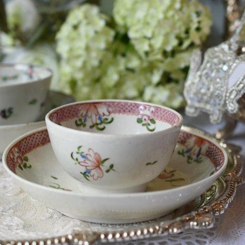 1790年代 ピンクの縁のドットとお花模様が可愛らしいティーボールデュオ (送料込)