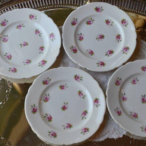 ワイルマン・フォーリーチャイナ ピンクのバラ模様が可愛らしい小さめのサイドプレート4枚セット(送料込)