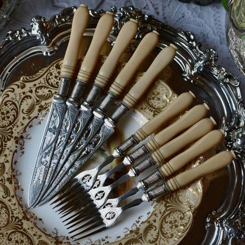 1870年代 シルバープレート製 セルロイドハンドルのデザートナイフ&フォーク5組セット(送料込)