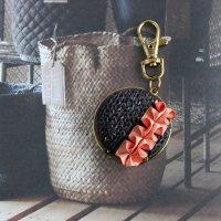 デニム風ニットのバッグハンガー ブラックデニム -glitt Handmade-