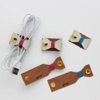 レザーコードホルダー ホワイトリボンmini(ピンク・ブルー) /ケーブルホルダー ケーブルクリップ -glitt Handmade-