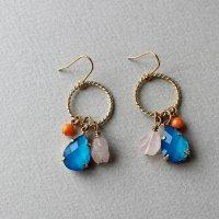 ネオンカラーと天然石のピアス/ブルー -glitt Handmade-