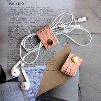 レザーコードホルダー(S)フラミンゴピンク /ケーブルホルダー ケーブルクリップ -glitt Handmade-