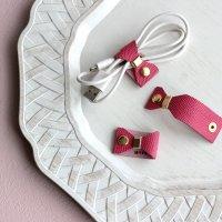 レザーコードホルダー ローズピンクリボンmini  /ケーブルホルダー ケーブルクリップ -glitt Handmade-