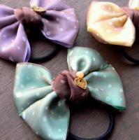 シフォンのドットリボンとハートチャームのリボンゴム(グリーン) -glitt Handmade-