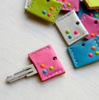 ビビッドレザーキーカバー/ピンク -glitt Handmade-
