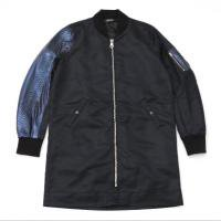 <img class='new_mark_img1' src='//img.shop-pro.jp/img/new/icons15.gif' style='border:none;display:inline;margin:0px;padding:0px;width:auto;' />90210 Black Beverly Hills Bomber JKT / Blue Snake