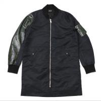 <img class='new_mark_img1' src='//img.shop-pro.jp/img/new/icons15.gif' style='border:none;display:inline;margin:0px;padding:0px;width:auto;' />90210 Black Beverly Hills Bomber JKT / Green Snake