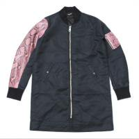 <img class='new_mark_img1' src='//img.shop-pro.jp/img/new/icons15.gif' style='border:none;display:inline;margin:0px;padding:0px;width:auto;' />90210 Black Beverly Hills Bomber JKT / Pink Snake