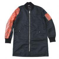 <img class='new_mark_img1' src='//img.shop-pro.jp/img/new/icons50.gif' style='border:none;display:inline;margin:0px;padding:0px;width:auto;' />90210 Black Beverly Hills Bomber JKT / Orange Snake