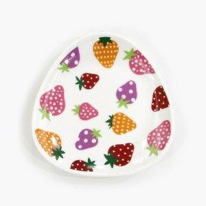 かわいいいちご 小皿[水玉いちご]