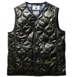 <img class='new_mark_img1' src='https://img.shop-pro.jp/img/new/icons1.gif' style='border:none;display:inline;margin:0px;padding:0px;width:auto;' />Quilting Reversible Vest