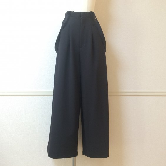 <img class='new_mark_img1' src='//img.shop-pro.jp/img/new/icons50.gif' style='border:none;display:inline;margin:0px;padding:0px;width:auto;' />【PRAISE】SUSPENDER WIDE PANTS