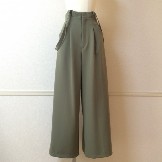 <img class='new_mark_img1' src='//img.shop-pro.jp/img/new/icons5.gif' style='border:none;display:inline;margin:0px;padding:0px;width:auto;' />【PRAISE】SUSPENDER WIDE PANTS