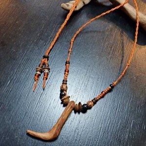 L字型流木ネックレス