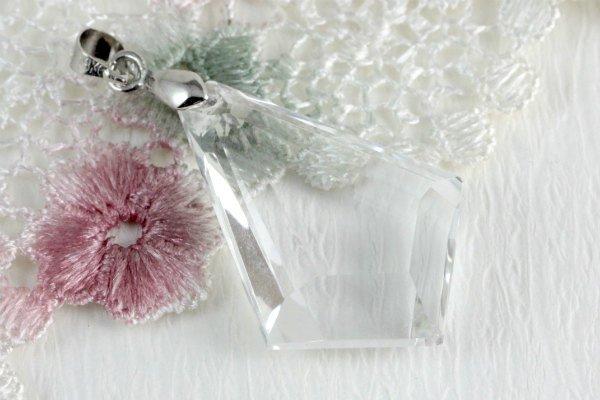 ペンダントトップ 水晶カット 六芒星