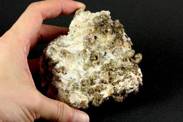 秩父鉱山産ベスブ石 原石 319g