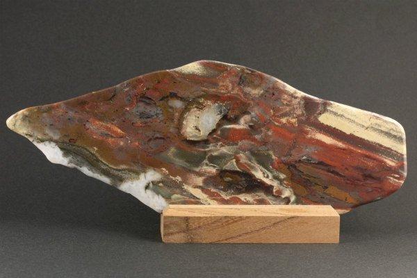 佐渡 錦紅石 原石 磨き 383g
