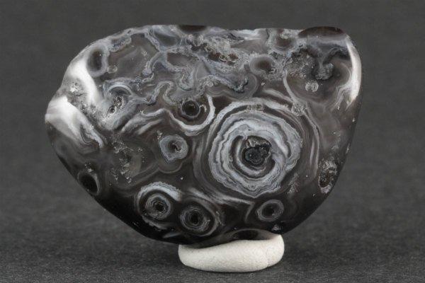 水入り瑪瑙 原石 磨き 32.5g