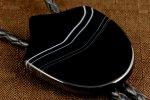 革紐 ループタイ 縞オニキス (盾型)
