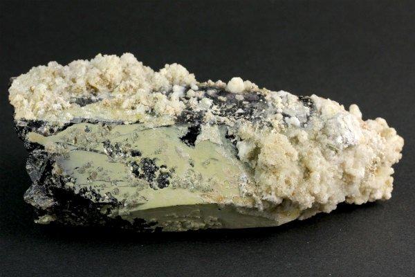 蛭川産黒水晶 原石 321g