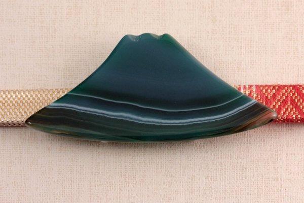 天然石帯留め 縞クリソ(富士山)