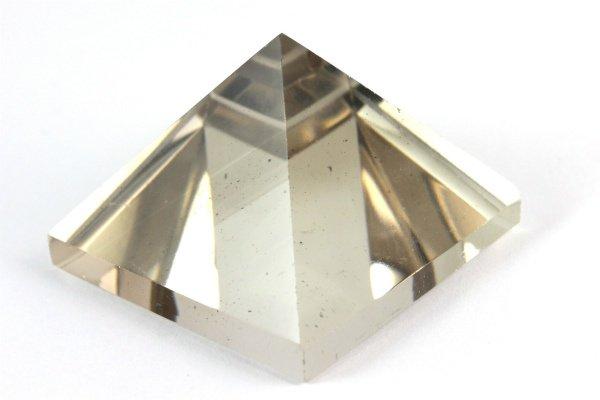 ピラミッド型 スモーキークォーツ 23.7g