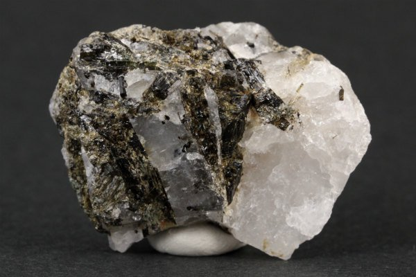母岩付きグリーントルマリン 結晶 20g