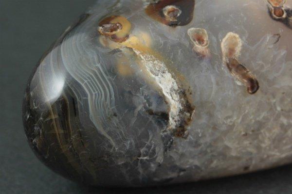 アゲート(瑪瑙) 原石 磨き 61g