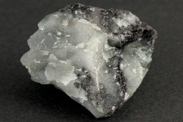 エメラルド 原石 磨き 17.0g
